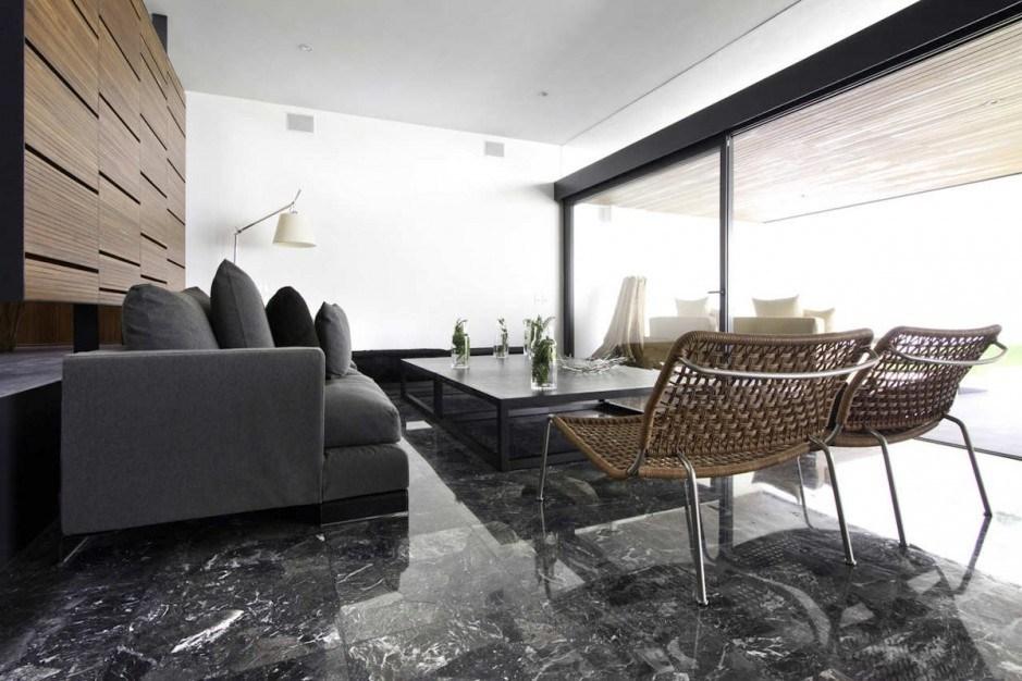Nuansa Elegan Di Rumah Dengan Granit Lantai